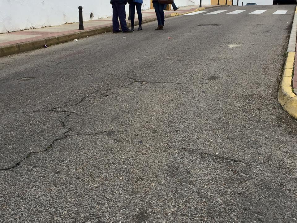 CEIP-hermelindanunez-concejales-calle2-bolardos2