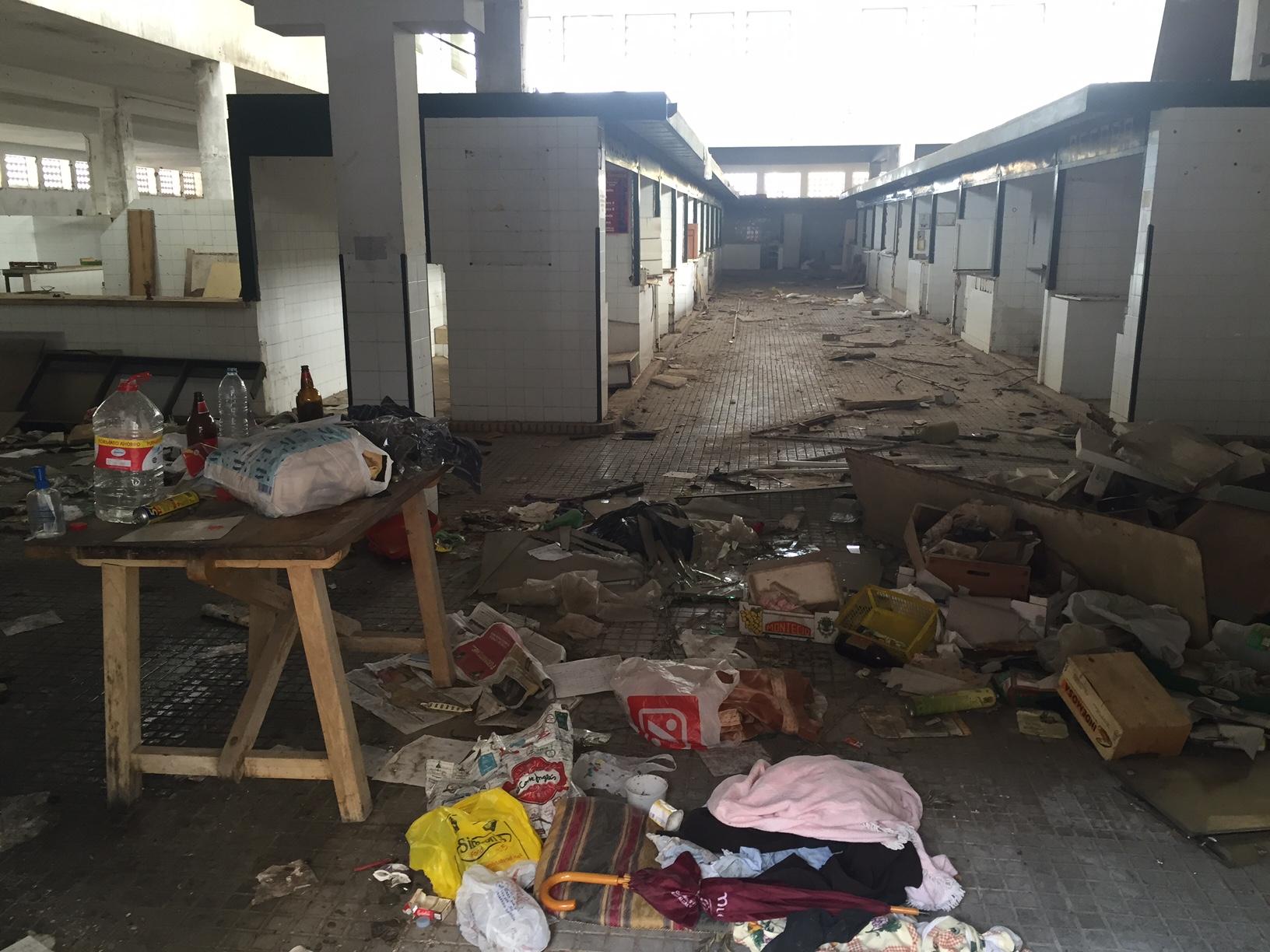 El antiguo Mercado de Abastos abandonado por el Ayuntamiento del PSOE