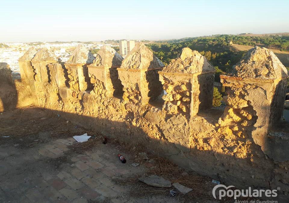 San Miguel se muere y el Castillo de Alcalá se viene abajo ante el abandono del Gobierno de PSOE-Cs.