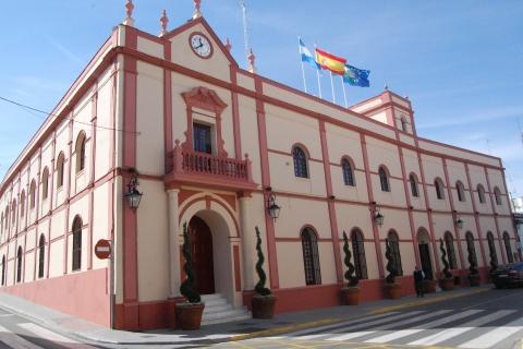 El PP de Alcalá muestra su inquietud por el impago de las nóminas de septiembre a los trabajadores municipales.