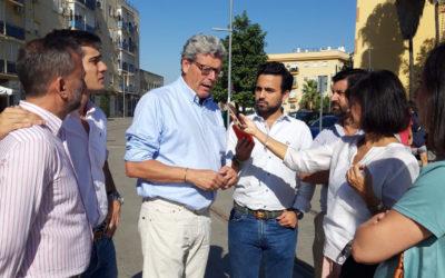 Frente a la Junta que desbloquea el tranvía de Alcalá, con 23 millones de euros en 2020, Sánchez paraliza la SE-40.