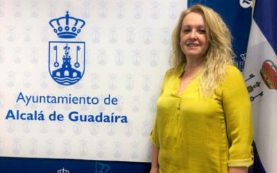 """Sandra González (PP): """"La alcaldesa incumple su palabra y los acuerdos plenarios y cede a Sánchez e Iglesias los impuestos de todos los alcalareños."""""""