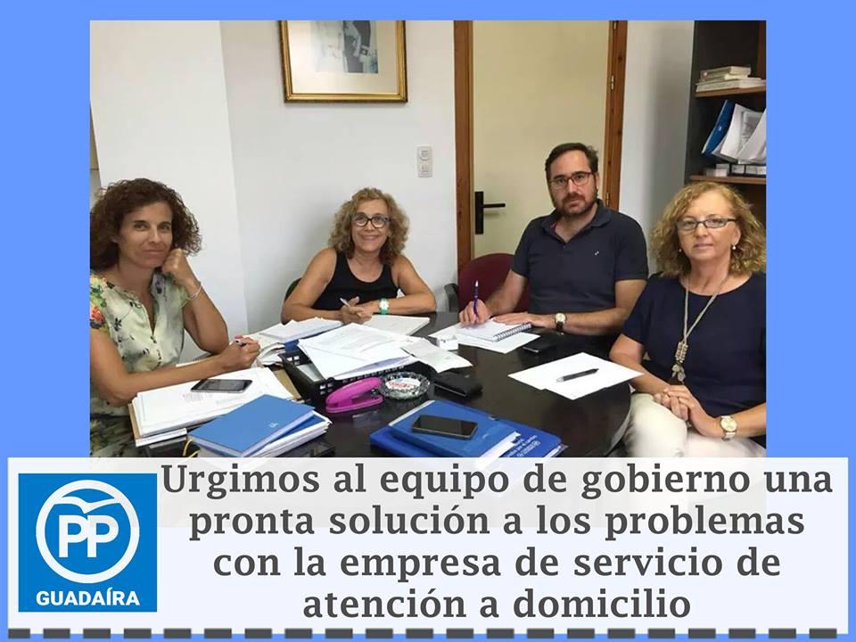 Los 200 trabajadores para el servicio de Ayuda a Domicilio siguen pendientes de solución por el Ayuntamiento