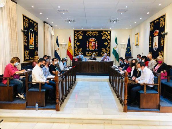 """El PP reclama una """"revolución fiscal"""" al Gobierno de Ana Isabel Jiménez para beneficiar realmente a los vecinos"""
